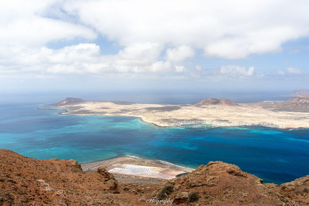Ile de la Graciosa à Lanzarote au Canaries, vue depuis le mirador del Rio