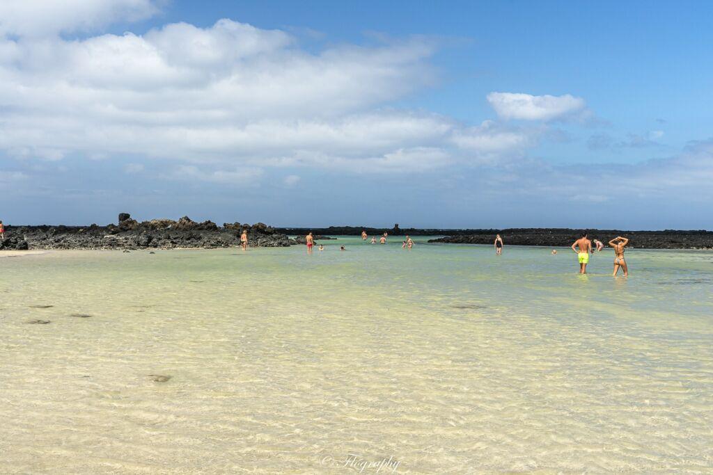 plage de sable blanc Caleton blanco à Lanzarote