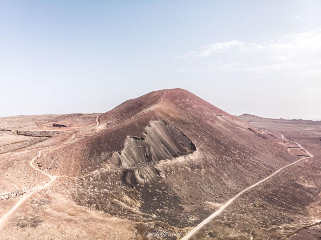 vue aérienne du volcan Calderon Hondo à Fuerteventura
