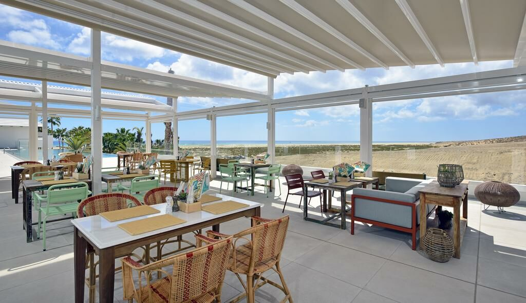 Hotel restaurant with sea view