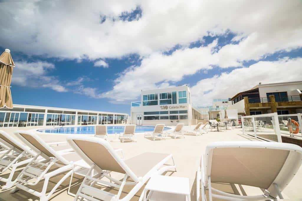 Piscine de l'hôtel TAO caleta del mar Corralejo Fuerteventura