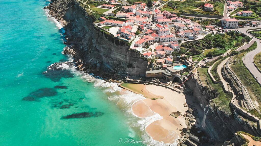 Azenhas au Portugal vu en drone