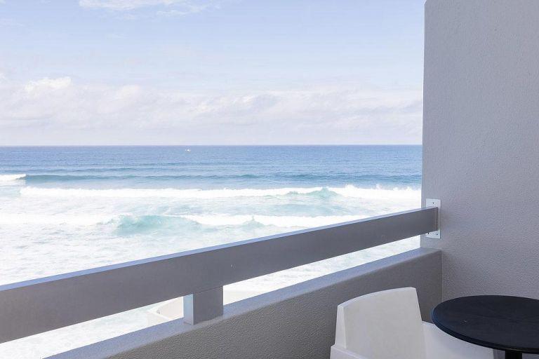 Hotel-arribas-sintra-mer-vagues-océan