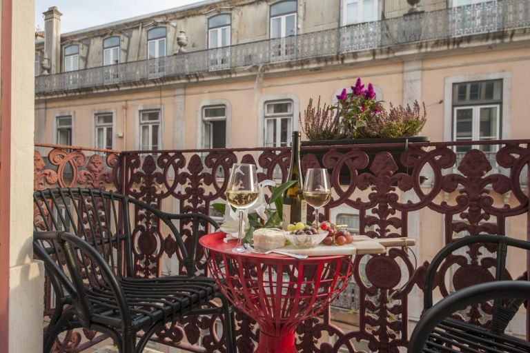 Hotel-cheese-and-wine-lisbonne-balcon