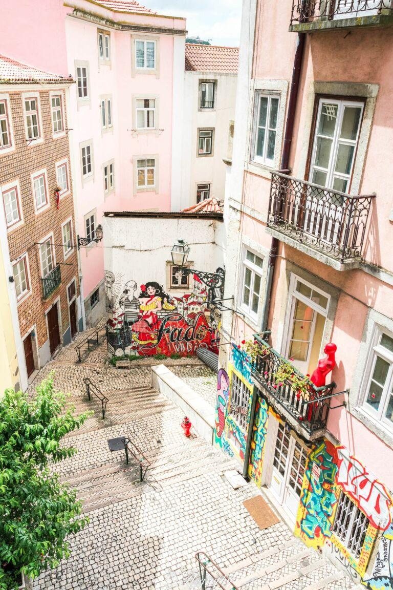 escaliers Sao Cristovao des fado mouraria à Lisbonne