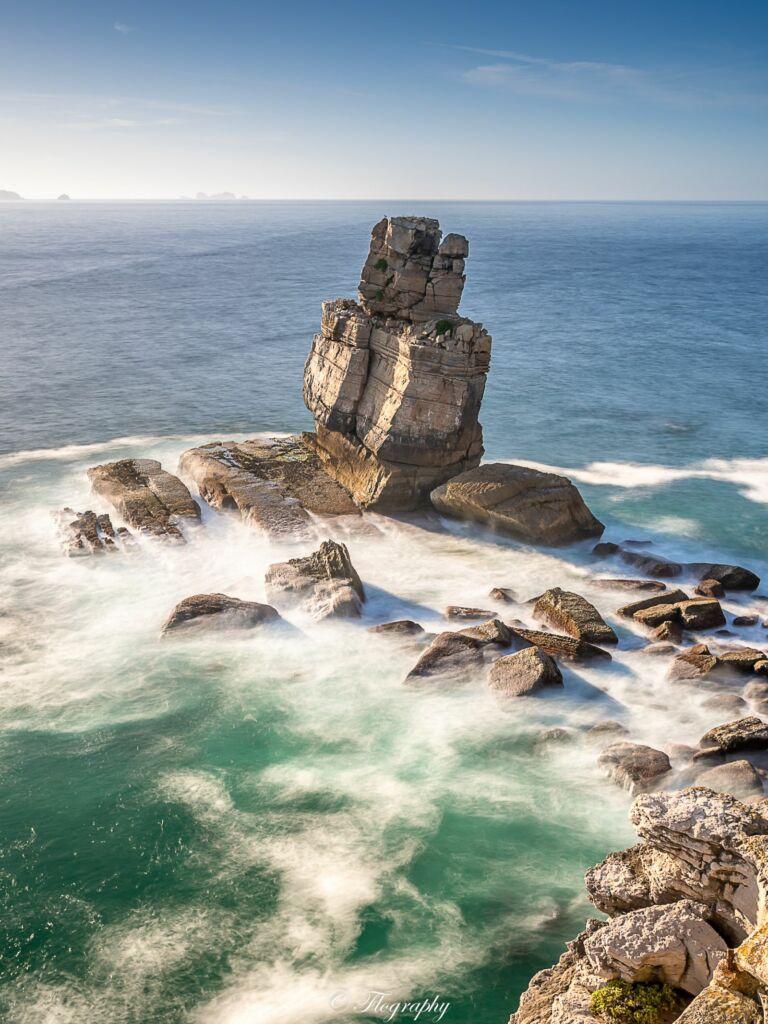 Cabo-carvoeiro rocher à la pointe de Peniche au Portugal le point le plus à l'ouest de l'Europe