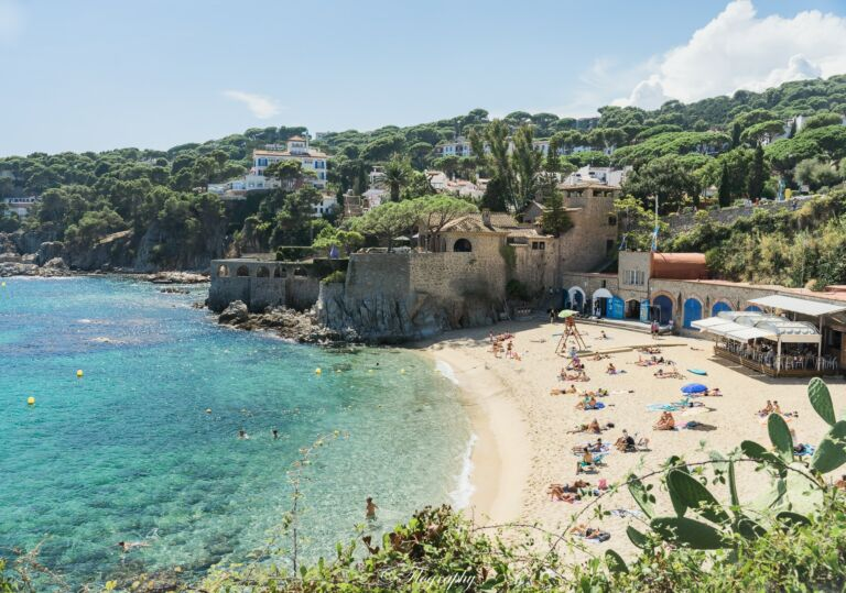 plage de callela de palafrugell espagne catalogne cami da ronda playa beach catalunya catalunia